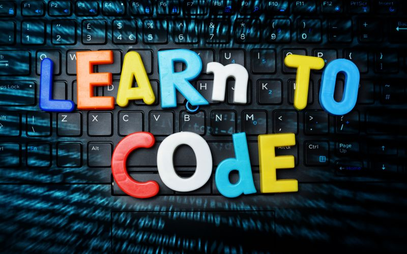 http://cdn.guitang.fun/Blog/Learn-coding-online.jpeg